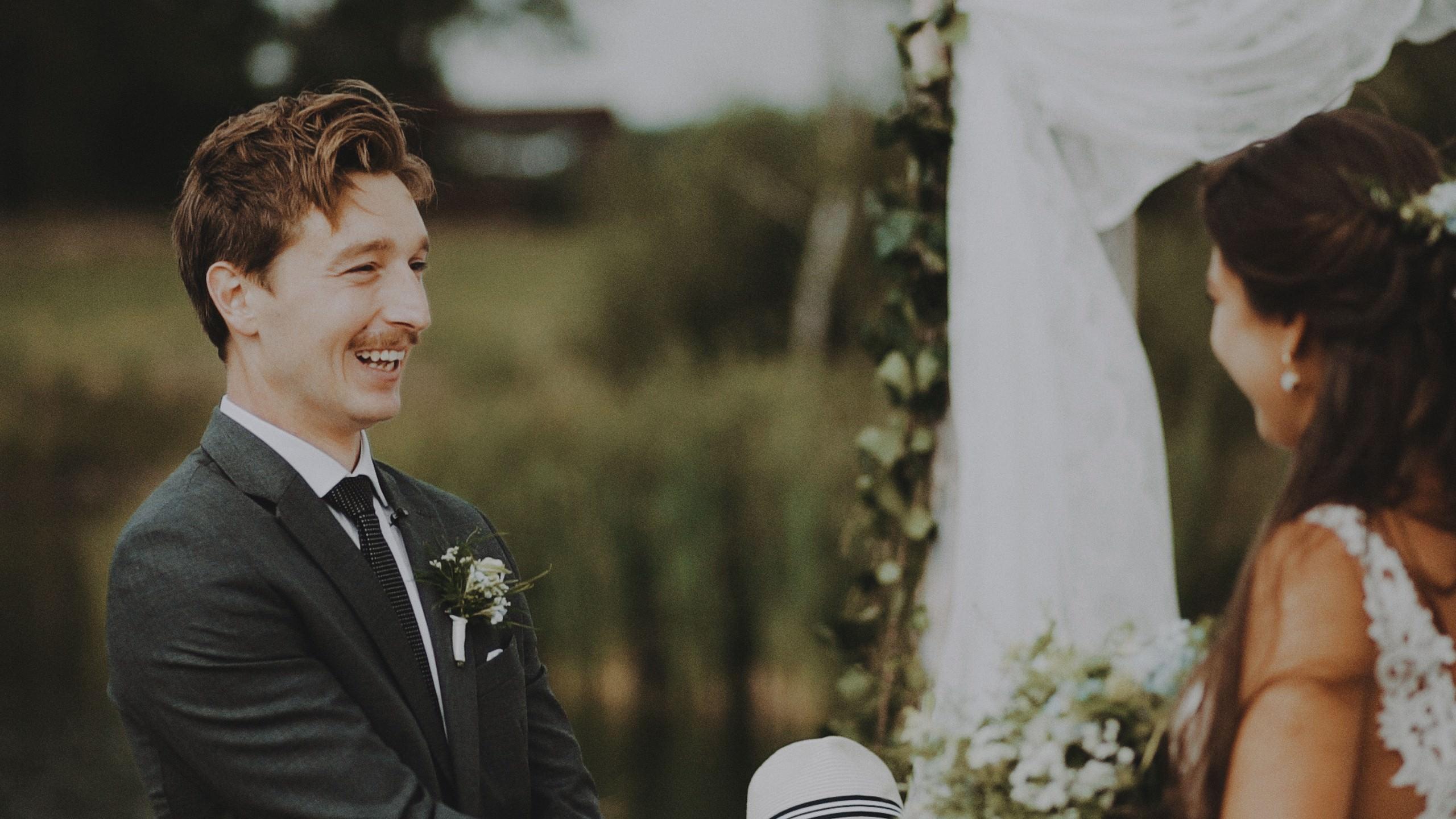 Rustykalne wesele w namiocie na ranczo 50