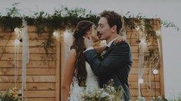 Rustykalne wesele w namiocie na ranczo 11